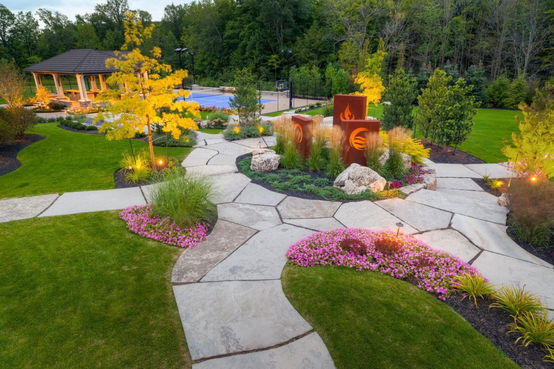 Backyard Landscaping Oakville : Outdoor landscape lighting oakville burlington landscaping