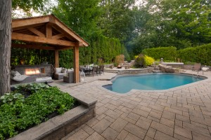 CSLG Pavestone Patio (13)-1478707296